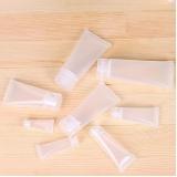 bisnaga de plástico para hidratante